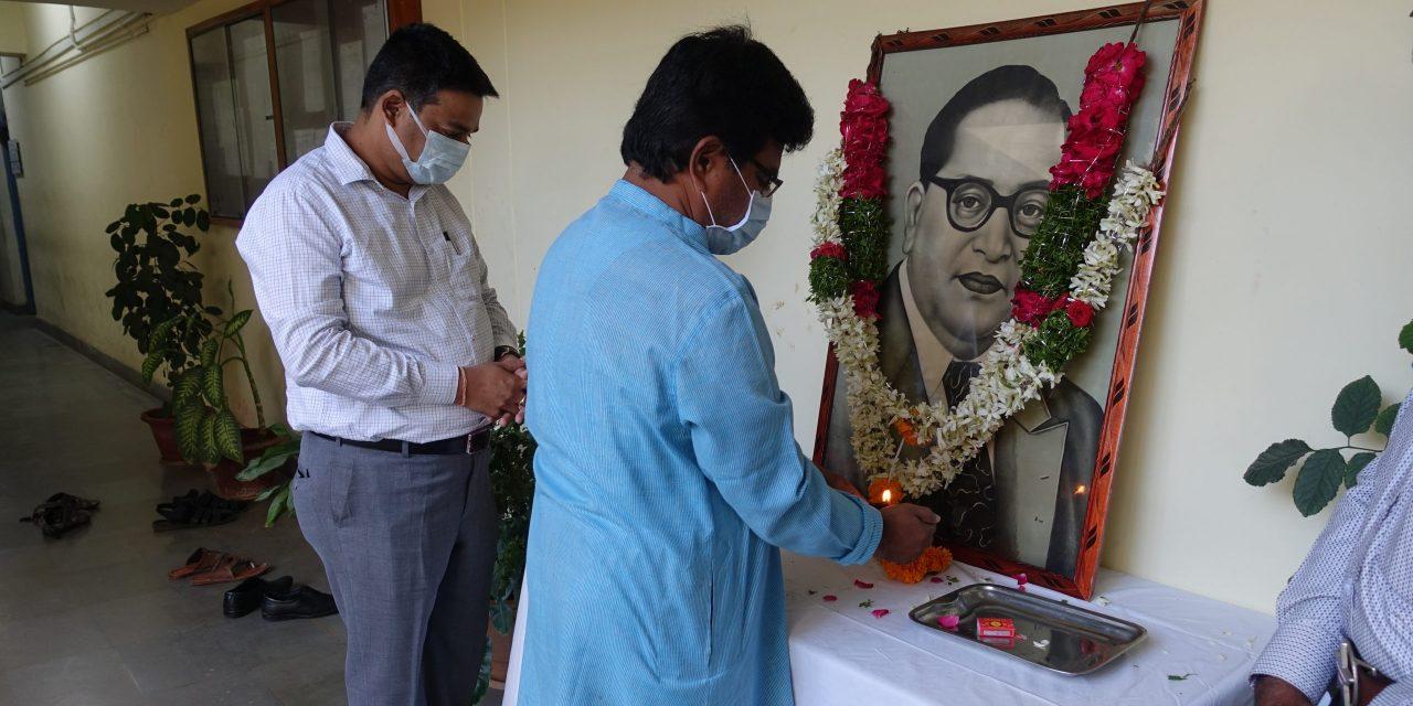 UoH observes Dr. BR Ambedkar's Mahaparinirvan Diwas